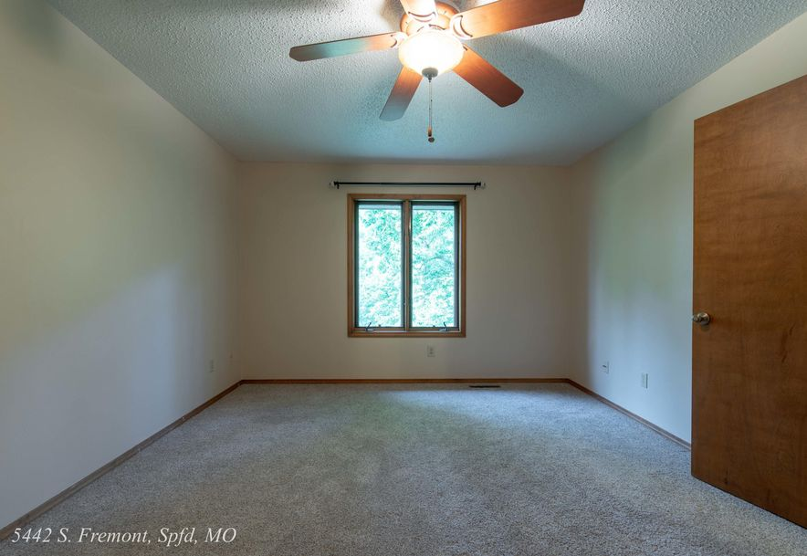 5442 South Fremont Avenue Springfield, MO 65804 - Photo 30