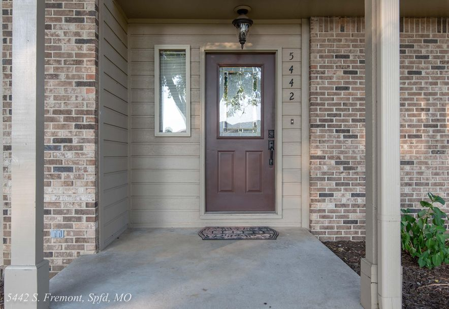 5442 South Fremont Avenue Springfield, MO 65804 - Photo 5