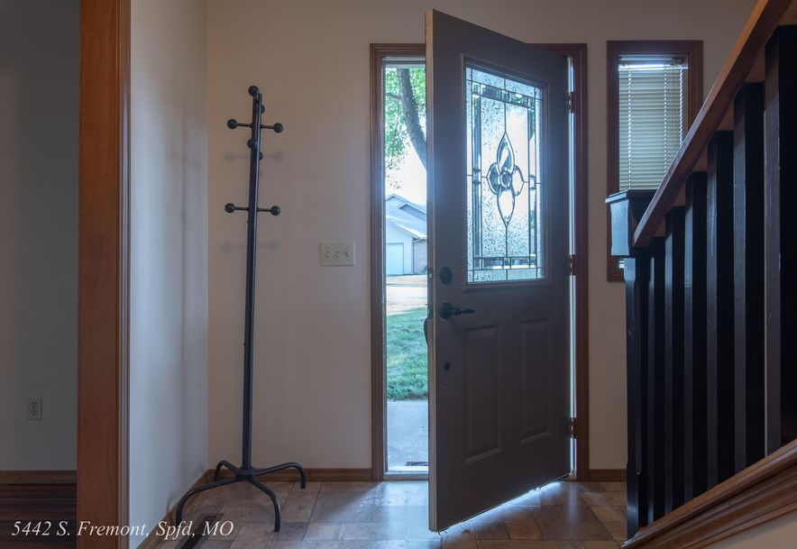 5442 South Fremont Avenue Springfield, MO 65804 - Photo 6