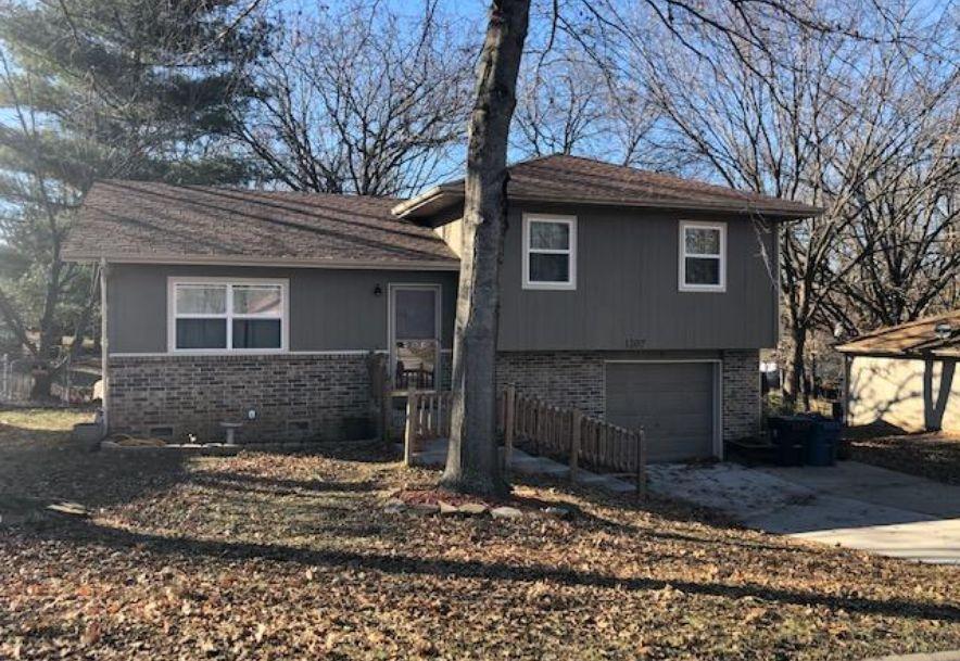 1207 South 18th Avenue Ozark, MO 65721 - Photo 1