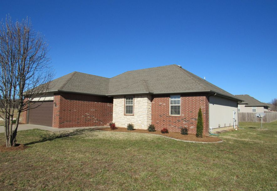 1913 East Whetstone Drive Ozark, MO 65721 - Photo 2