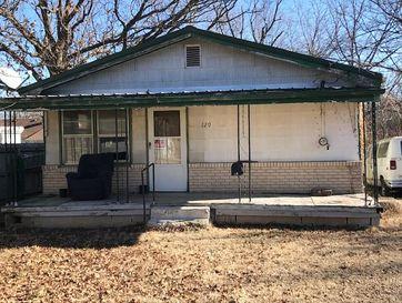 120 Young Avenue Marshfield, MO 65706 - Image 1