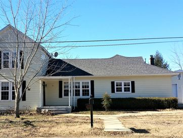 117 Clingan Avenue Willow Springs, MO 65793 - Image 1