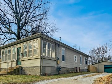 316 South Valley Street Neosho, MO 64850 - Image 1