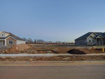 702 North Foxhill Circle Nixa, MO 65714 - Image