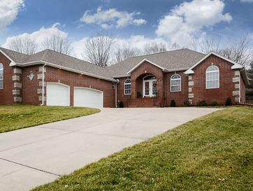 2217 South Celebration Avenue Springfield, MO 65809 - Image 1