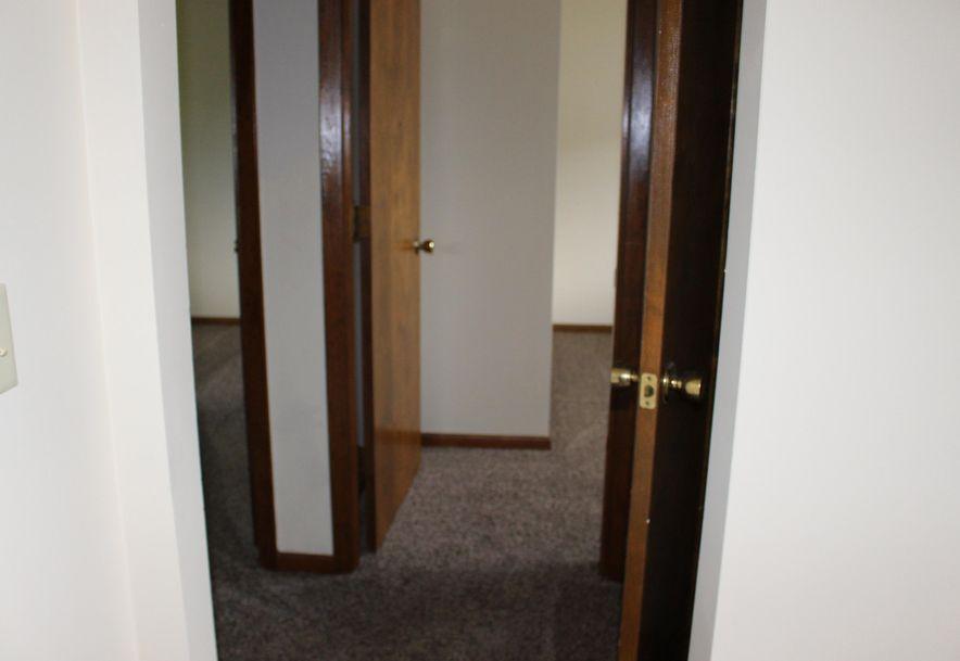 510 South Madison Avenue Aurora, MO 65605 - Photo 8