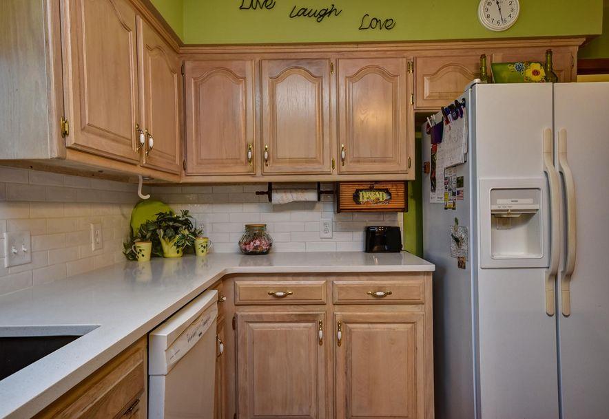 2525 Kayla  Lane Mt Vernon, MO 65712 - Photo 15
