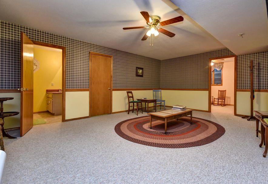 2525 Kayla  Lane Mt Vernon, MO 65712 - Photo 30