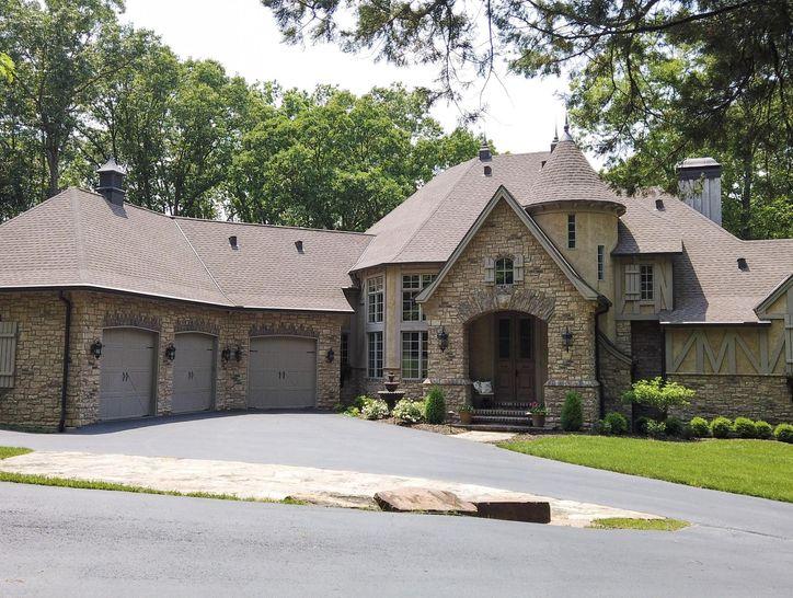 Photo of 1800 East Cottage Boulevard
