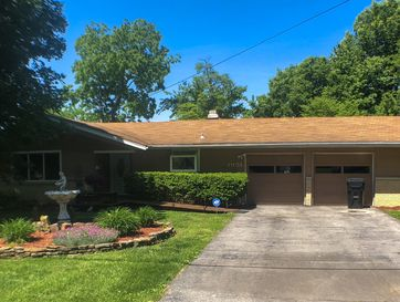 1951 South Glencrest Drive Springfield, MO 65804 - Image 1