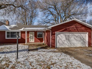 2245 South Pickwick Avenue Springfield, MO 65804 - Image 1