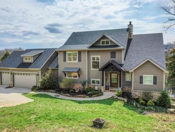 520 Creekside Terrace Saddlebrooke, MO 65630 - Image 1
