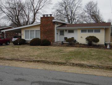 1221 South Jefferson Avenue Aurora, MO 65605 - Image 1
