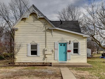 618 South Vine Street Mt Vernon, MO 65712 - Image 1
