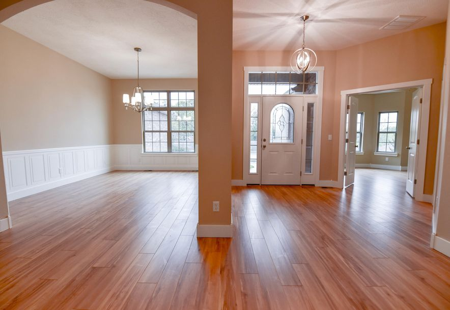 1524 South Essex Road Springfield, MO 65809 - Photo 6
