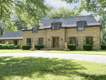 2325 South Inglewood Road Springfield, MO 65804 - Image 1