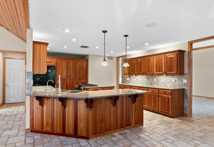 724 Edgewater Estates Kimberling City, MO 65686 - Photo 11