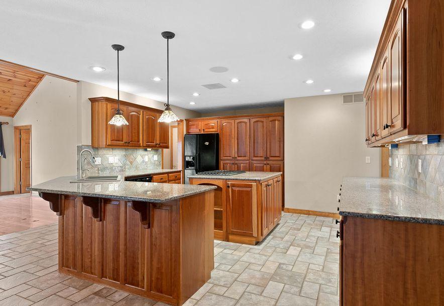 724 Edgewater Estates Kimberling City, MO 65686 - Photo 10