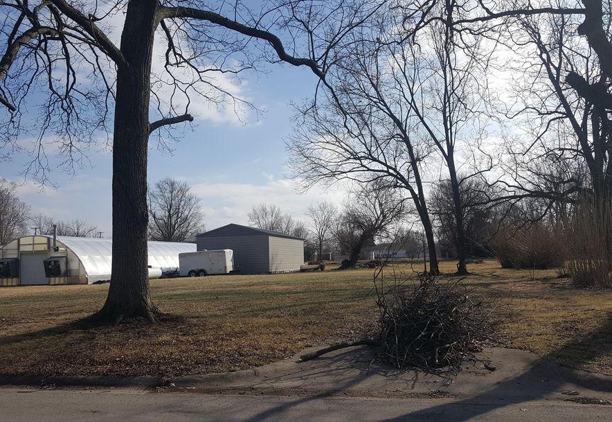 402 West Maple Street Marshfield, MO 65706 - Photo 120