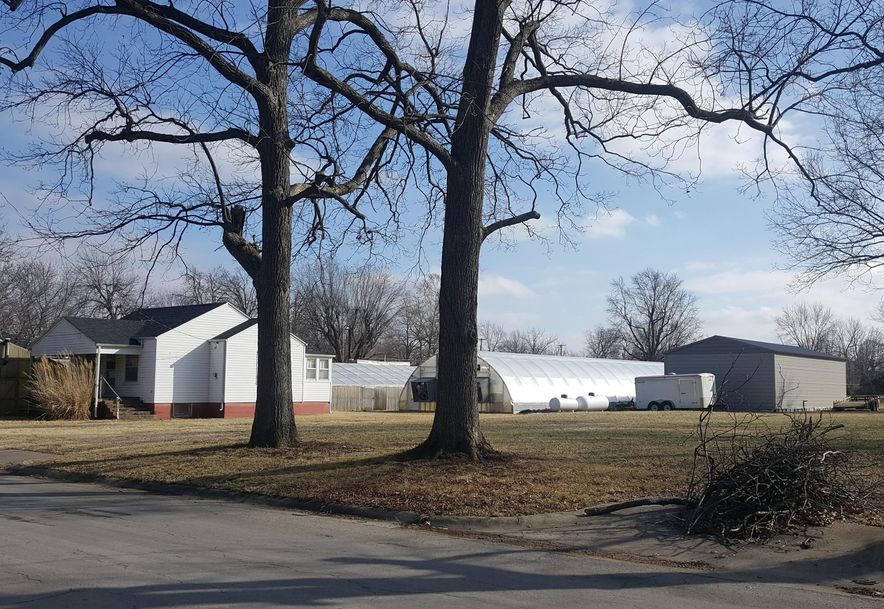 402 West Maple Street Marshfield, MO 65706 - Photo 25