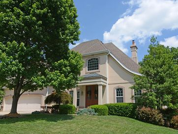 2252 South Oakbrook Avenue Springfield, MO 65809 - Image 1