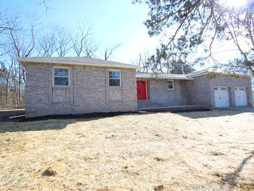 145 Country Hills Drive Branson, MO 65616 - Image 1