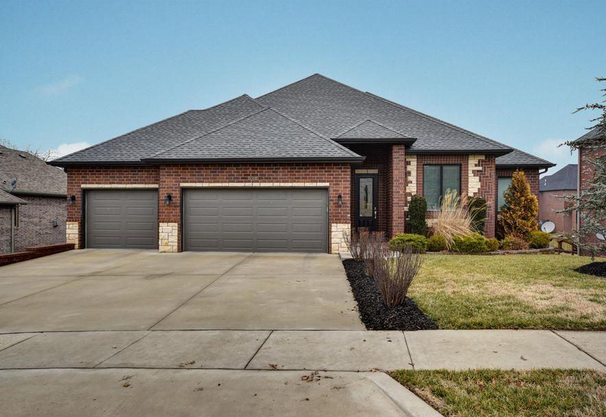 5985 Lakepoint Drive Springfield, MO 65804 - Photo 1