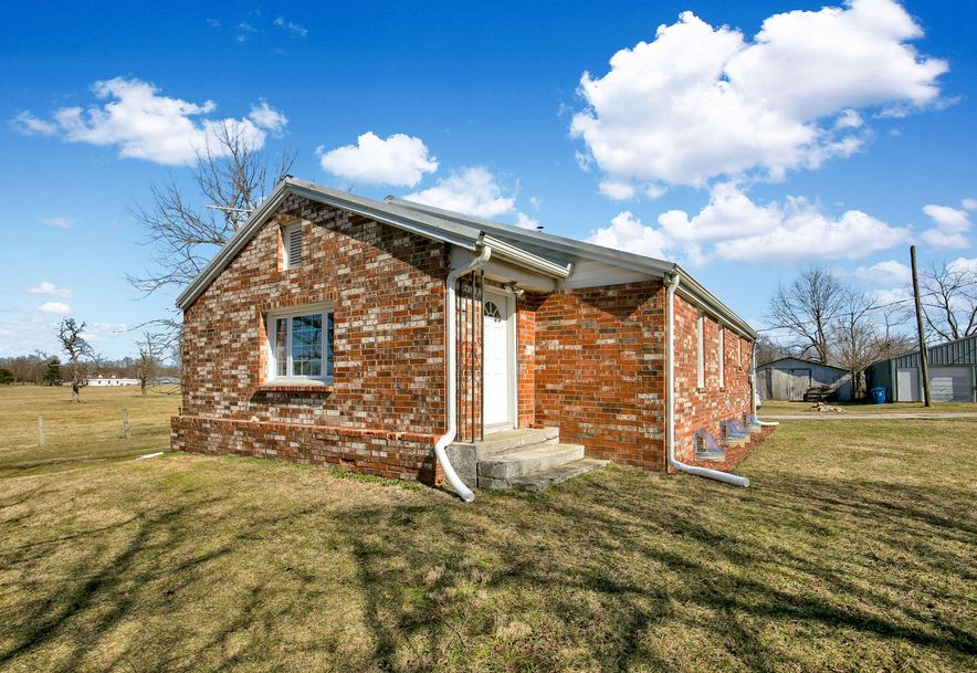712 South Western Street Marionville, MO 65705 - Photo 2