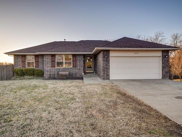 3299 South Valley View Drive Springfield, MO 65807 - Image 1