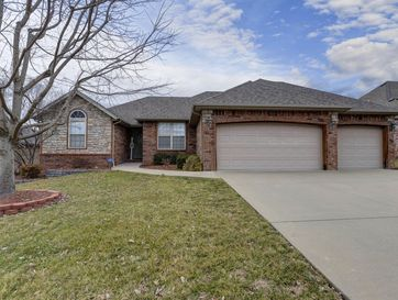 3223 West Melbourne Street Springfield, MO 65810 - Image 1