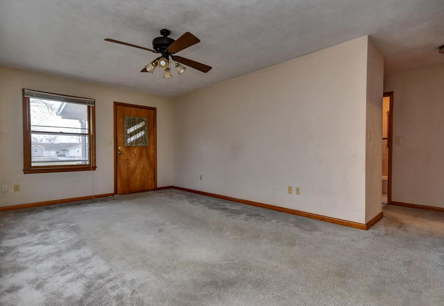 107 East Olive Street Mt Vernon, MO 65712 - Photo 6