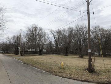 1820 North Nixon Avenue Springfield, MO 65802 - Image 1