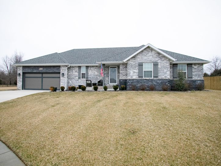 Photo of 5510 North Seacrest Drive