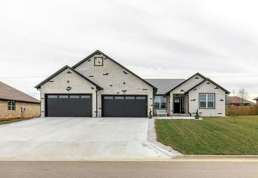 686 Wright Drive Willard, MO 65781 - Photo 1