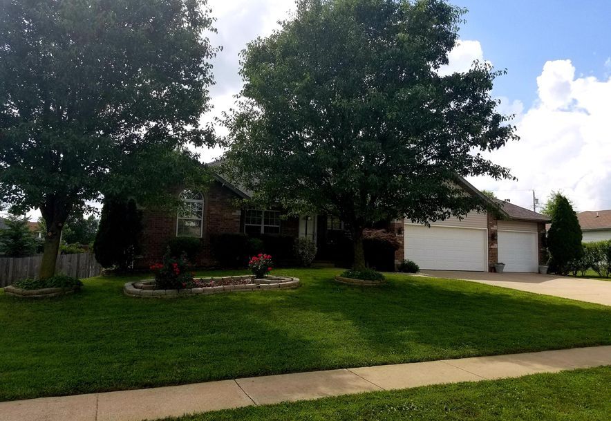709 Berry Lane Willard, MO 65781 - Photo 2