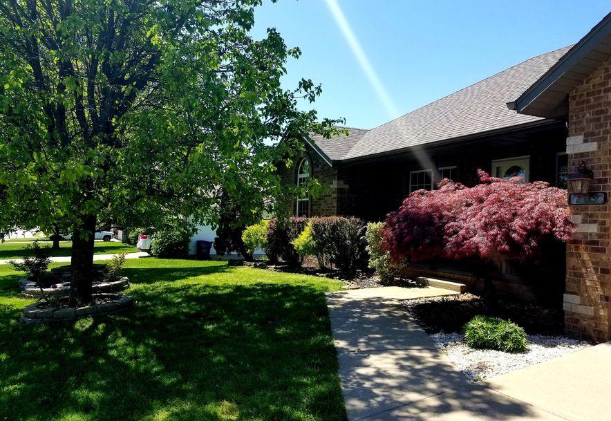 709 Berry Lane Willard, MO 65781 - Photo 4