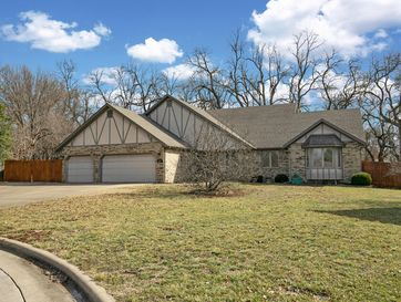 3345 West Driftwood Court Springfield, MO 65807 - Image 1