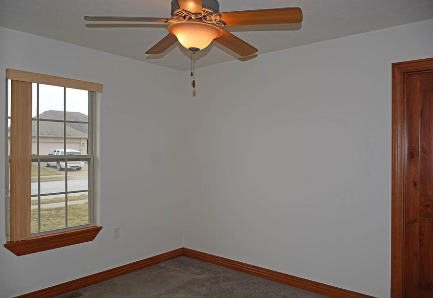 4009 North Thistle Drive Ozark, MO 65721 - Photo 21