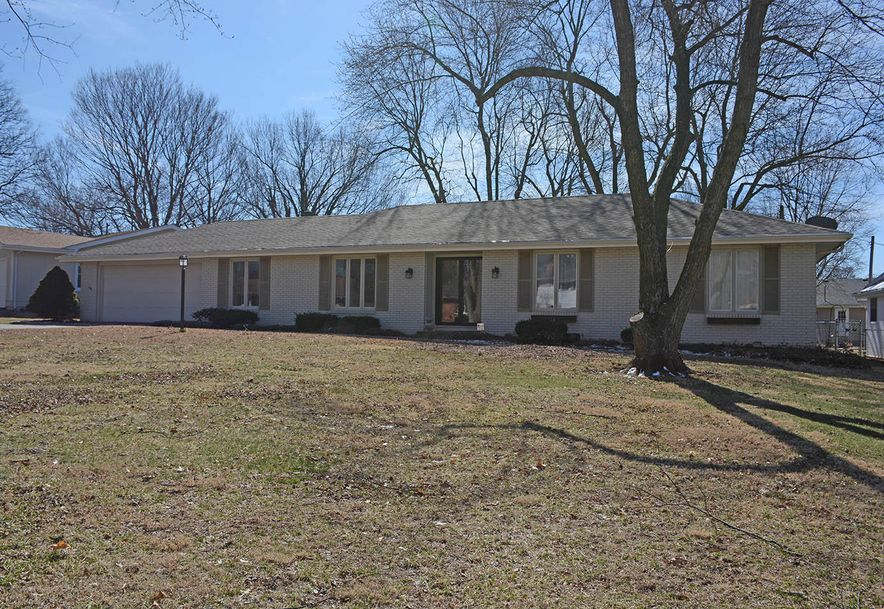 3060 East Covington Street Springfield, MO 65804 - Photo 1