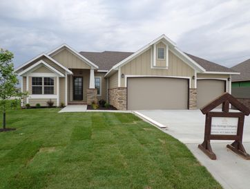 687 North Foxhill Circle Nixa, MO 65714 - Image 1