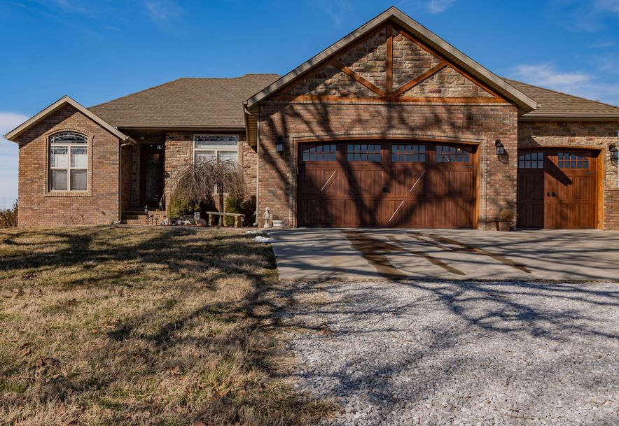 261 Lilac Lane Clever, MO 65631 - Photo 1