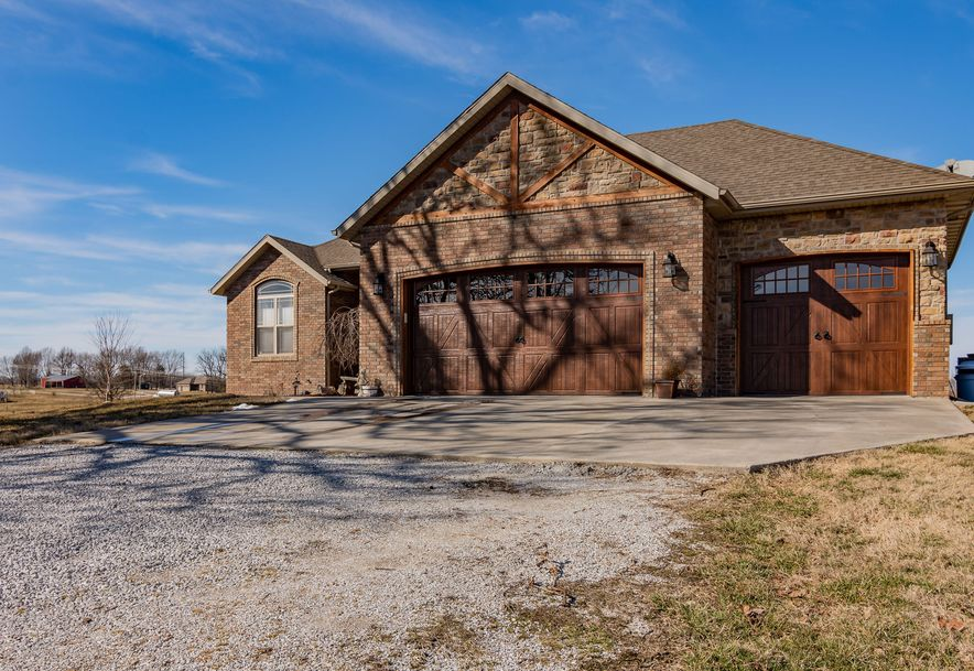 261 Lilac Lane Clever, MO 65631 - Photo 2