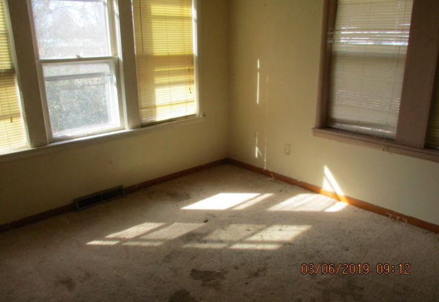 913 Roosevelt Avenue Joplin, MO 64801 - Photo 9