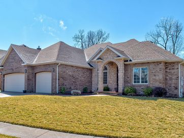 878 West Chestnut Bend Circle Nixa, MO 65714 - Image 1