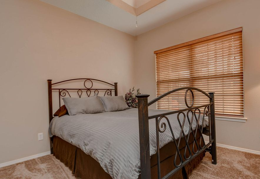 878 West Chestnut Bend Circle Nixa, MO 65714 - Photo 17