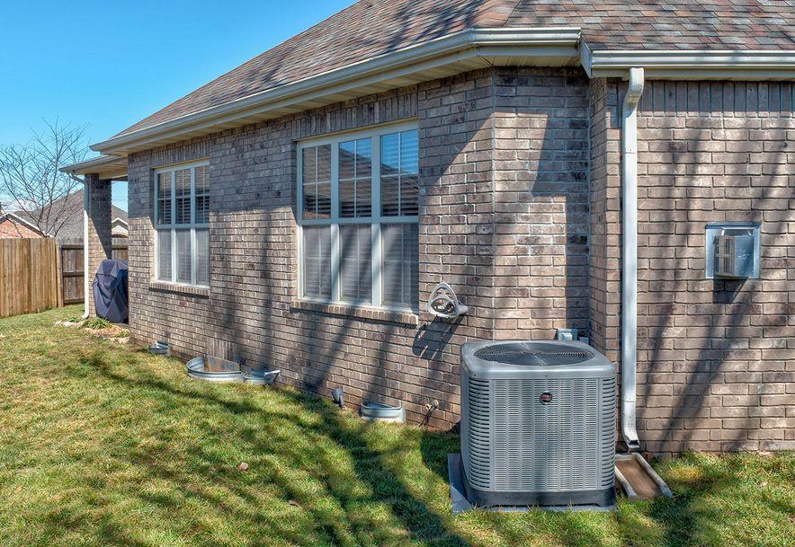 878 West Chestnut Bend Circle Nixa, MO 65714 - Photo 21