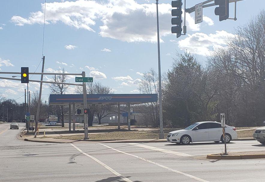 1015 Grant Avenue Springfield, MO 65807 - Photo 6