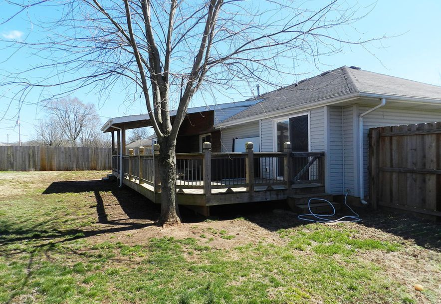 217 East New Melville Road Willard, MO 65781 - Photo 3