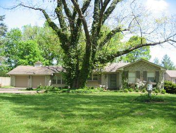 1134 South Kentwood Avenue Springfield, MO 65804 - Image 1